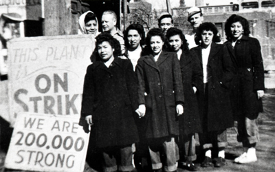 Kathryn Espinosa and other Mexican American women picketing the Decker & Company meatpacking plant in Mason City, Iowa, during the nationwide packinghouse strike (ca. 1948). Courtesy of State Historical Society of Iowa, Iowa City