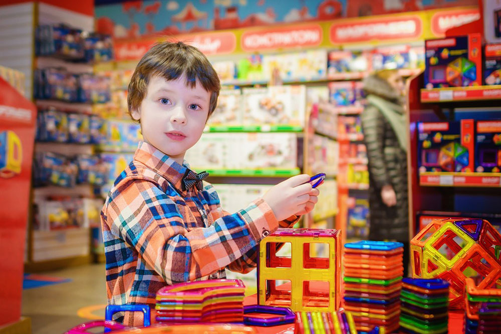Child at a Toy Store, January 17, 2017