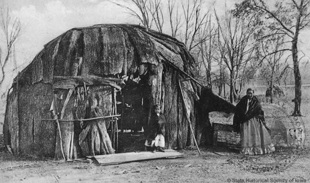 Meskwaki Woman and Child by a Wickiup in Tama, Iowa, Date Unknown