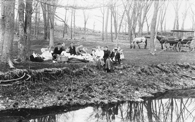 Geologists having a picnic in Iowa in 1894.