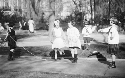 Children Jumping Rope, between 1919 and 1921