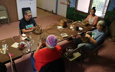 Round Basket Class with Meskwaki Natural Resources, October 2018